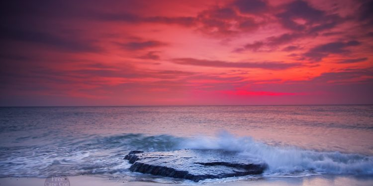 No1 Place To See The Sunrise in Cape Cod – Nauset Light Beach